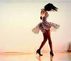 que se passe -t il quand on danse bonheur